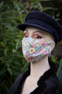 'Malvern Meadow' Liberty print face mask.