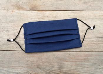 Navy blue face mask with nose wire & filter pocket.