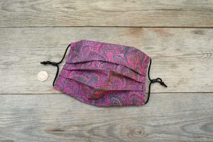 Handmade 100% cotton face mask in marbled wineberry colour