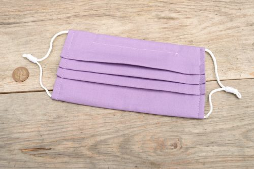 Lilac colour face mask, 100% cotton, with nose wire & filter pocket.