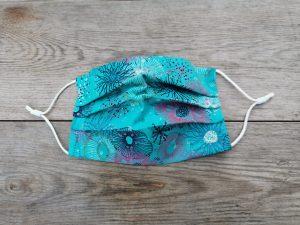Jellyfish pattern face mask.